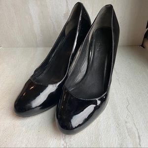 Cole Haan patent leather pumps black Nike air 7.5B
